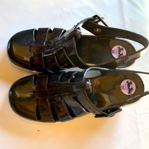 JUJU JELLY SHOES black and white